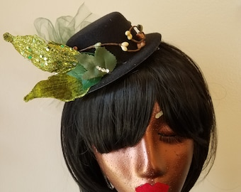 The Forest Lady's Riding Hat Mini Top Hat Fascinator