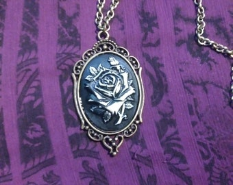 Gothic Rose chain and Pendant