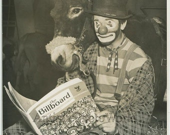 Irving Romig clown reading magazine with horse antique circus photo Ringling