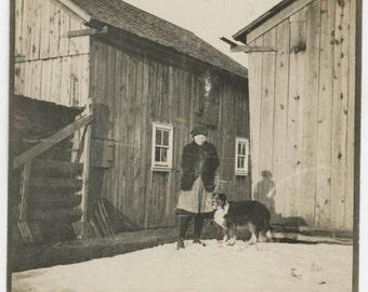 Vintage photo 1915 Winter Wooden Homes Girl w Collie Dog