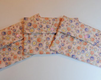 """Purse sized Wetbag Reusable Cloth Pad - """"dainty flowers"""""""