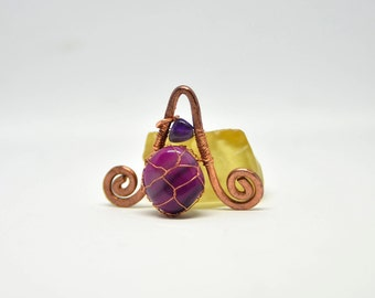 Pink agate and amethyst copper pendant