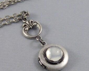 LIttle Moon,Locket,Antique Locket,Silver Locket,Moonstone,Goddess,Moonstone Necklace,Moonstone Locket,Moon,Moonstone Lock.Valleygirldesigns.