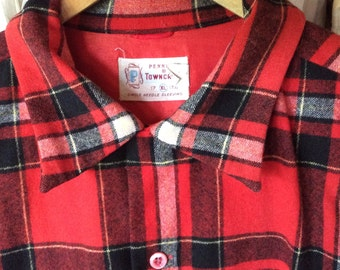 Now 20% off  VINTAGE WOOL SHIRT, J C penny, red black plaid, xl, jacket, pockets, classic style