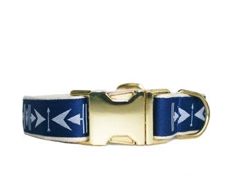 Blue arrow dog collar, modern pet collar, brass and cotton