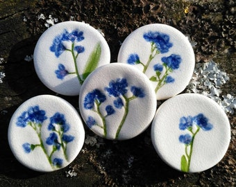 Forget-me-not brooch, ceramic crackle glaze, Mother's Day gift, Spring time, to remember