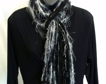 Black and White Knotted String Scarf