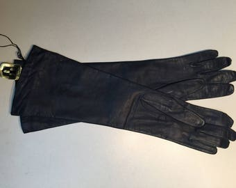 Never Worn Vintage French Kid Leather Opera Gloves With Silk Lining -