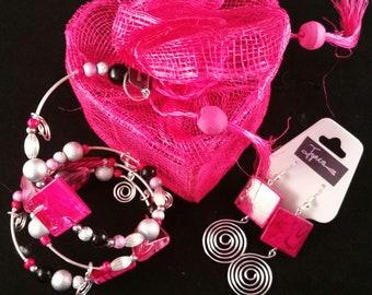 Hot Pink Swirls Bracelet and Earrings Set