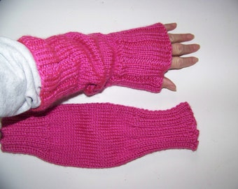 Clearance Sale: Hand Knit Wrist Warmers / Fingerless Gloves / Texting Gloves Hot Pink Acrylic Yarn