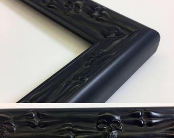 Skull & Bones Picture Frame, Black Skull Frame, 3x5, 4x6, 5x7, 8x10, 11x14, 16x20 Jolly Roger Frame + Custom Sizes, Skull Gift Picture Frame