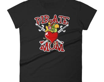 Pirate Mom Happy Mother's Day Mom Women's short sleeve t-shirt