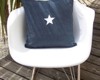 Cushion with star