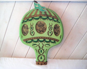 Green gold hot air balloon wall art, 3D hot air balloon, wood metal tin, folk art wall decor