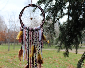 Dreamcatcher from natural materials
