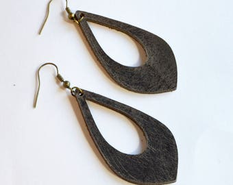 Hickory Genuine Leather Cut Out Earrings:  Rustic Brown //  Leather Teardrop Cut Out Earrings--Leaf Earrings // Gifts Under 20