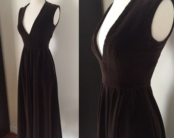 1960s Brown Velvet Gown / 60s Maxi Dress / X-Small Small / Pockets