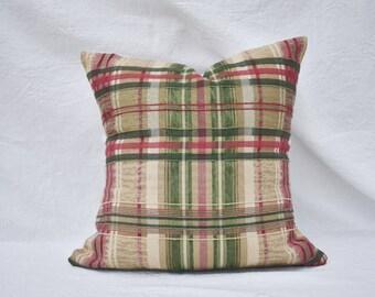 Plaid Vintage Pillow Cover - Vintage Fabric - Handmade Pillow Cover - Plaid Detail