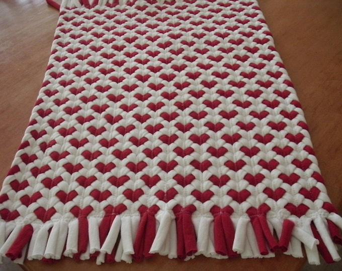 16x20 Red Heart rug made from recycled t shirts