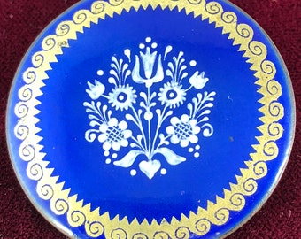 Vintage Eva Scherer Wien Austria Hand Enameled FOLK ART Brooch-Pin Royal Blue Gold Trim with White Motif