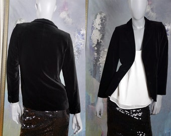 1980s European Vintage Black Velvet Blazer, Made in Finland: Size 8 US, 12 UK