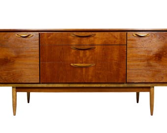 Beautiful Mid Century Credenza by Austinsuite of London 115