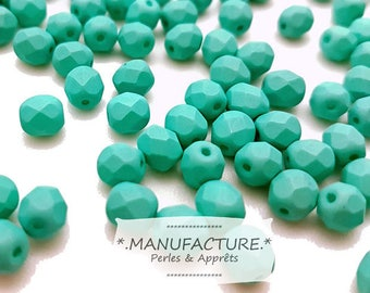 4mm (100pc) Mint green saturated, faceted Czech glass beads set