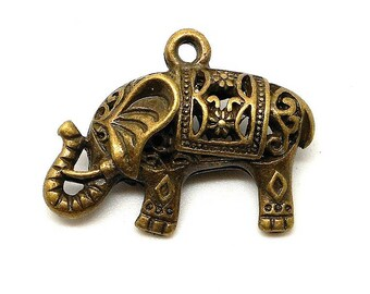 Bronze 3d elephant charm or pendant