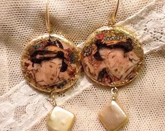 "Earrings with gold leaf. ""Geisha"""