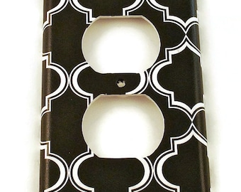 Light Switch Cover Wall Decor Switchplate Outlet Plate in Black Lattice (215O)