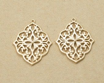 Floral Filigree Pendant,Jewelry Craft Supplies, Jewelry Supplies, Handmade Jewelry, Matte Gold Plated Over Brass - 2 Pieces-[AP0019]-MG