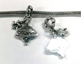 3 Beads - Friends Fleur De Lis Dangle Silver European Bead Charm E0077