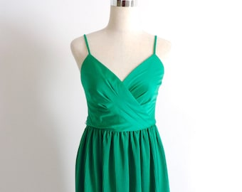 Green Pleated Party Dress 1970s Small