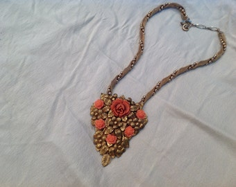 Vintage chocker necklace, including dress clip