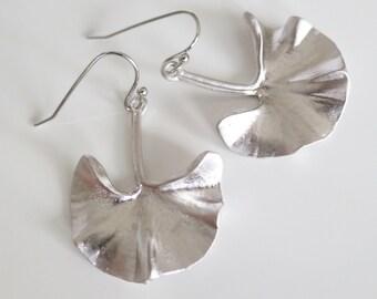 Beauty gift,Gift for women,Silver Ginkgo Earrings,Ginkgo Leaf Earrings,Art Nouveau Jewelry,Natural Leaf Jewellery,Nature Lover Gift,Jewelry