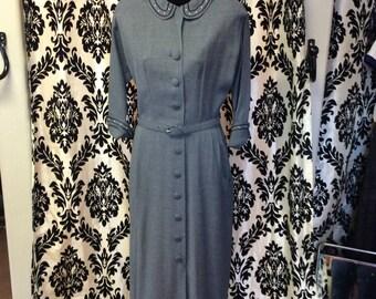 Adorable 1940's Sheath Dress