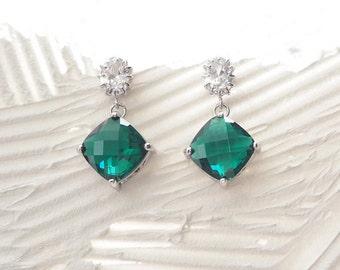 emerald earring,cubic zirconia earring, Dangle Earrings, Drop Earrings, glass stone, Bridesmaid gifts, green earring,  birthstone of May