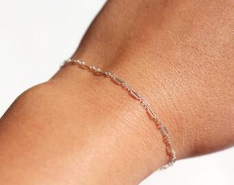 Ultra thin silver bracelet - Silver chain bracelet - sterling silver bracelet - minimalist bracelet - everyday bracelet - layering minimal