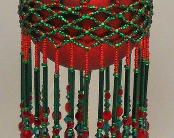 Pattern beaded ornamnet cover - Do The Twist