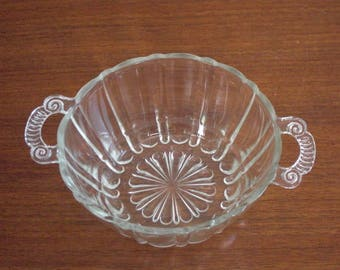 Vintage Crystal Oyster and Pearl 2-Handle Bowl by Anchor Hocking