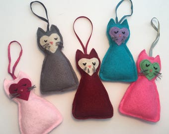 Hanging Felt Cat Ornament