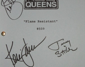The King Of Queens Signed TV Script Screenplay  X3 Autograph Kevin James Jerry Stiller Leah Remini signatures funny sit com