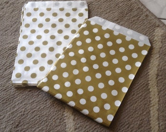 10 small bags in white and gold kraft paper
