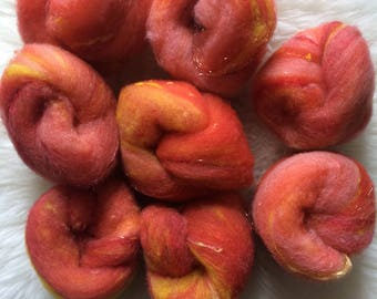 Mini batts for spinning felting - local wool - hand dyed hand-dyed - orange pink yellow