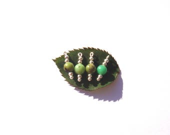 Multicolored African jade: 4 microphone charms 1.7 cm in height x 6 mm in diameter