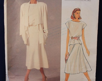 Vogue Designer Sewing Pattern for a Women's Top, Skirt & Jacket in Size 14 - Vogue 1387
