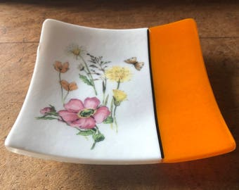 White and spring yellow fused glass plate with meadow flowers