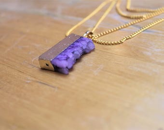 MULTISTRAND necklace golden chain with purple ruste quartz pendant