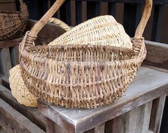 RUSTIC BASKET Vintage Barn Wedding Woodland Twig Basket Primitive Basket Country Farmhouse Basket Magnolia Style Gods Eye Gathering Basket