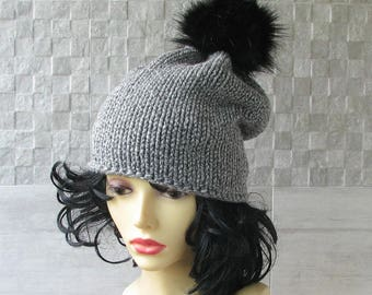 Winter Hat for Women, Knitted Slouchy Beanie Black Fur Pom Pom Winter Accessories Grey